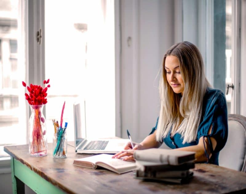 7 tips for working efficiently while working from home